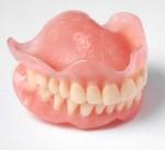 Съемные зубные протезы: особенности и типы.